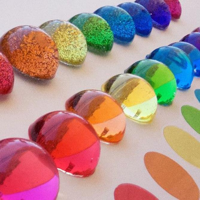 This is an image of Dramatic Food Coloring Epoxy Resin
