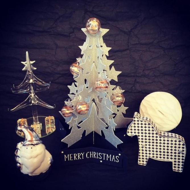 すべての折り紙 折り紙 ガーランド 作り方 : 今年のクリスマスはモノトーン ...
